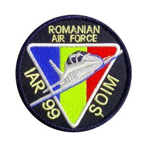 Emblema Forțele Aeriene Române - IAR 99 ȘOIM - Sigla Brodată Grade Militare Aviație Militară | Aviație Civilă | IGAV | de vânzare | Embleme Aviație | Petlițe | Ecusoane | Nominale și alte însemne distinctive pentru uniforma Aviație. *Conforme cu legislația în vigoare.