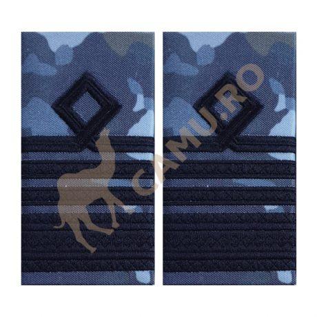 GRADE OFITERI AVIATIE COMBAT - COMANDOR  Grade Militare Combat AVIATIE de vânzare | Grade Ofiteri Aviatie | Grade Subofiteri Aviatie | Grade Maistri Militari Aviatie | Embleme Aviație MAPN | Petlițe Aviație | Ecusoane Aviație | Nominale și alte însemne distinctive pentru uniforma Aviației Române MAPN Combat/Ripstop. *Conforme cu legislația în vigoare.